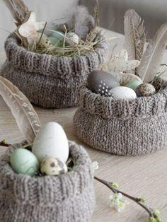 Easter with chicken . another Easter basket . another Easter basket . chicken Easter basket Easter other makeup DIY Easter Gift, Easter Crafts, Happy Easter, Easter Party, Knitting Projects, Knitting Patterns, Diy Osterschmuck, Diy Easter Decorations, Navidad Diy