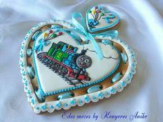 Edes mezes by Kenyeres Anike:  Thomas Engine gingerbread