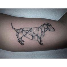 Znalezione obrazy dla zapytania dachshund tattoo
