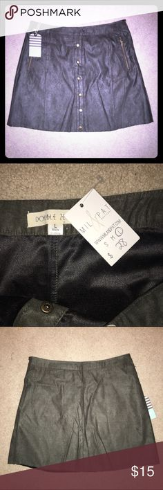 NWT Olive Faux Suede Skirt NWT olive faux suede skirt. Faux Button front closure, has zipper pockets! It's a size large but runs small, probably fit a 6-8 comfortably. Double Zero Skirts A-Line or Full