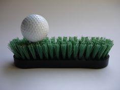 """""""Golf"""", Poema-Objeto, 2002. 17 X 10 X 7 Ctms.  FRANKLIN FERNÁNDEZ"""