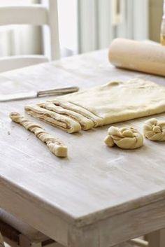 Große Liebe: Zimtknoten. Oder wie sie in Norwegen sagen: Kanelknuter. Zum Knutschen köstlich! | Lykkelig | Bloglovin'