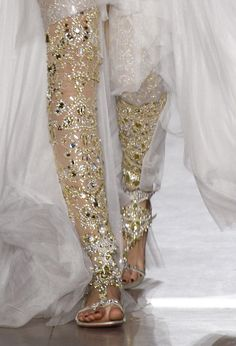 Marchesa, Spring 2013 an interesting way to tuck some gold into your wedding look