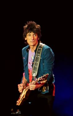 Photos taken by me during The Rolling Stones in Vienna @therollingstones  Ronnie Wood best day of my life, polish fan