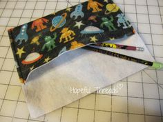Hopeful Threads: 2 Minute Pencil Pouch Tutorial!