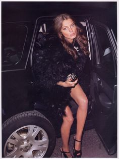 """<p>After the Daria kick ass editorial, here is  Daria Werbowy as a Night crawler in """"Noctambule"""" shot by Terry Richardson for Vogue Paris (May 07) – Art Direction: Emmanuelle Alt</p>"""