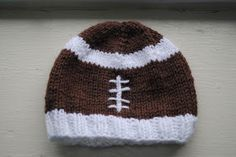FREE PATTERN 0-12 mo Baby Football Hat - Even as a solid color hat, this is nice