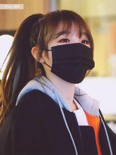Cute Girl Pic, Cute Girls, Cool Girl, Kpop Girl Groups, Kpop Girls, Korean Face Mask, Mask Girl, Beautiful Fairies, Yuri