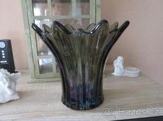 Velká skleněná váza