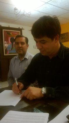 Firmando El Convenio, Autonoma Andragogica