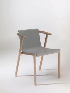 Chaise contemporaine / avec accoudoirs / en frêne / en bois courbé - BAILU by Neri & Hu - LEMA Home