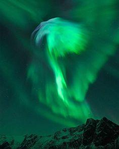 27 отметок «Нравится», 1 комментариев — @jyojyoshi в Instagram: «APOD: Eagle Aurora over Norway (2016 Oct 23) Image Credit & Copyright: Bjørn Jørgensen…»