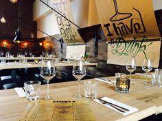 'Gewaagd proeflokaal' in Arnhem, The Netherlands. Interior design by Lenny Combé Design Bar Interior, Interior Design, Table Settings, Table Decorations, Netherlands, Furniture, Home Decor, Nest Design, The Nederlands