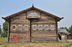 карельская дом - Google-haku Old Buildings, Cabin, House Styles, Google, Home Decor, Decoration Home, Room Decor, Cottage, Interior Decorating