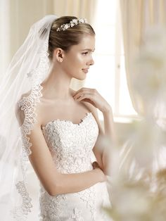 La Sposa Style #Idde without removable lace jkt.