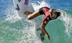 Riding the storm: Bethany Hamilton, surfer Modern Philosophers, Hamilton Quotes, Bethany Hamilton, Good Day Sunshine, Soul Surfer, Life Is Tough, Surf City, Surfs Up, Extreme Sports