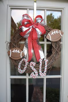 This would be great for football season!.. and gifts. I would need to modify it to a Texas or Tennesse one though!!!