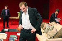 God of Carnage (London) Ralph Fiennes on stage, incredible strength and such a good show...