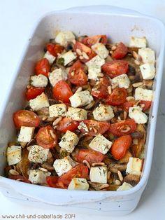 Spinat-Kartoffel-Auflauf mit Feta und Pinienkernen
