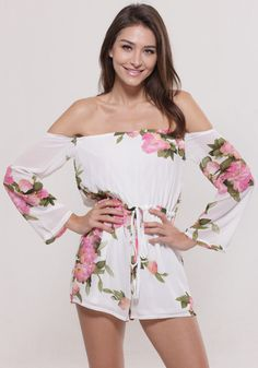 Make your sweet side be sweeter with this floral off shoulder romper. Keep it short with this floral romper with its off shoulder neckline.
