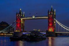 Tower Bridge lit for France
