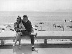 Le più belle foto di sempre a Cannes - Il Post  Renato Salvatori e sua moglie Annie Girardot, 1964. (Keystone/Hulton Archive/Getty Images)