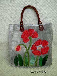 Patchwork Bags, Quilted Bag, Japanese Bag, Denim Crafts, Embroidered Bag, Sewing Appliques, Craft Bags, Bag Patterns To Sew, Denim Bag
