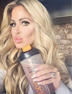 Kim Zolciak announces she will be on finale of Dancing With The Stars #dailymail