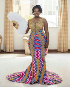 Glenda's trad gown was a perfect blend of lace and Kente SHOWSTOPPER Gerald&Glenda Groo Ghana Dresses, Kente Dress, African Lace Dresses, African Wedding Dress, African Fashion Dresses, Ankara Skirt, African Weddings, Ankara Fashion, African Traditional Wedding Dress
