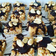 Spiskammeret: Snadderruter ... med peanøttsmør, sjokolade og pea... Cereal, Breakfast, Desserts, Food, Breakfast Cafe, Tailgate Desserts, Deserts, Essen, Dessert
