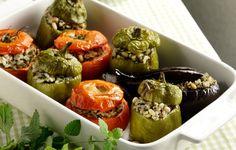 Γεμιστά με ρύζι, δυόσμο, ξερό κόλιανδρο και σουσάμι - Συνταγές - Πιάτα ημέρας | γαστρονόμος