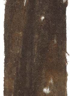 Grab 34, Seidengewebe in Streifen, Köperbindungen mit Schachbrettmuster, aus Saliergräbern in Trier