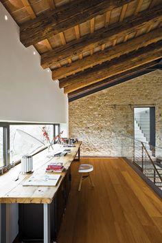 DAINTY & FLORAL: Dwelling in Italian Farmhouses
