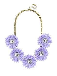 Bold blooms in soft lavender make a pretty pastel statement. #baublebar #swatstyle #statement #necklace
