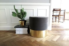 DIY: Velvet Stool step by step guide at Metro Mode Home.