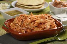 La tinga de pollo es una comida con pollo muy fácil de elaborar, por los pocos pasos que lleva y lo económico y rendidor que es el platillo. Las recetas de tinga de pollo, comúnmente se les clasifican dentro de receta con pollo fáciles, siendo comidas con pollo muy rápidas de elaborar y muy sabrosa. Son recetas para cocinar con pollo muy fáciles de hacer y con un sabor muy tradicional de la comida mexicana.