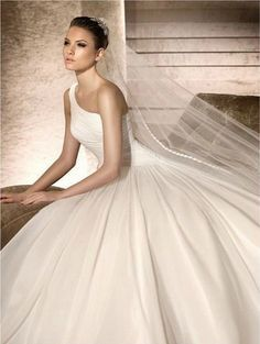 @roressclothes clothing ideas #women fashion The Gorgeous Layered One-shoulder Wedding Dresses with Long Veils and Ruffles