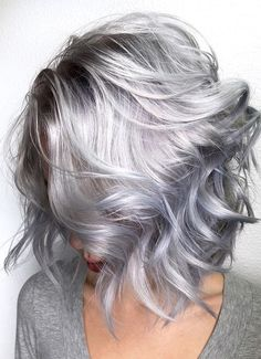Silver Color Short Hairstyles 2018 for Women's Above 40