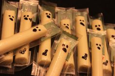 Healthy Halloween Snack--this would be cute to throw in trick-or-treater's bags! Who doesn't like string cheese?!