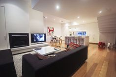 Deakin St, St Kilda West, a Luxico Holiday Home
