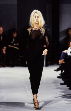 Ann Demeulemeester Spring 1997 Ready-to-Wear Fashion Show - Sierra Huisman