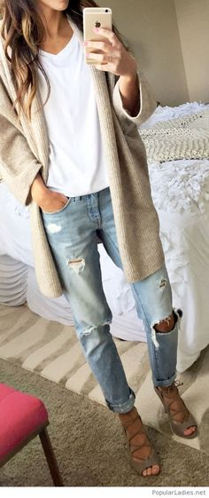 Light jeans, white top and nude cardi