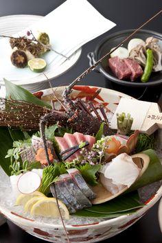 Sashimi Feast- pure delight for Japanese Cuisine Lovers Japanese Dishes, Japanese Food, Sushi Love, Bento, Seafood Platter, Sashimi, Restaurant Recipes, Food Plating, My Favorite Food