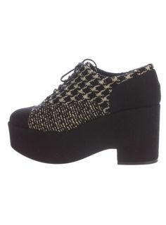 ENDING SOON:  $1,075 AUTH CHANEL TWEED PLATFORM OXFORDS BLACK BEIGE SHOES SZ 40 9.5 #shoes #designer