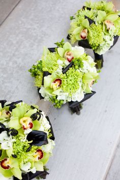 modern black and lime green wedding flowers utah wedding florists calie rose Modern Wedding Flowers, Wedding Flower Arrangements, Flower Centerpieces, Floral Wedding, Floral Arrangements, Wedding Bouquets, Lime Wedding, Bridesmaid Bouquets, Wedding Colors