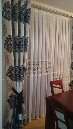 Curtain Styles For the Living Room Area - Life ideas Plain Curtains, Classic Curtains, Home Curtains, Curtains For Sale, Curtain Styles, Curtain Designs, Unique House Design, Beautiful Curtains, Custom Drapes