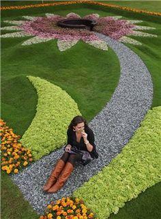 Tomatoes Gardening For Beginners gardening angels ltd, north american biodynamic planting calendar 2016 august, disney epcot flower Front Garden Landscape, Front Yard Landscaping, Landscape Design, Topiary Garden, Garden Design Plans, Most Beautiful Gardens, Garden Features, Dream Garden, Garden Inspiration