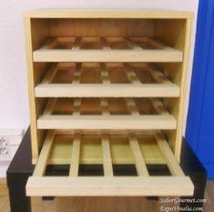 Mueble Merlot Mini Color Pino Wine Bar Design, Wine Cellar Design, Wine Rack Furniture, Diy Furniture, Wine Shelves, Wine Storage, Wine Credenza, Built In Wine Rack, Wine Rack Cabinet