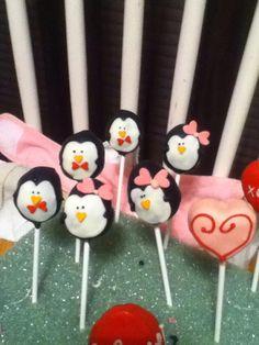 Penguins in love pops!