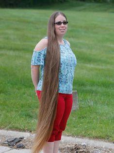 Long Hair Cuts, Long Hair Styles, Cut Her Hair, Super Long Hair, Beautiful Long Hair, Cut Off, Rapunzel, Beaded Necklace, Women
